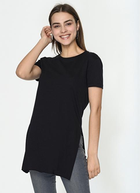 Loves You Yırtmaçlı Basic T-Shirt Siyah